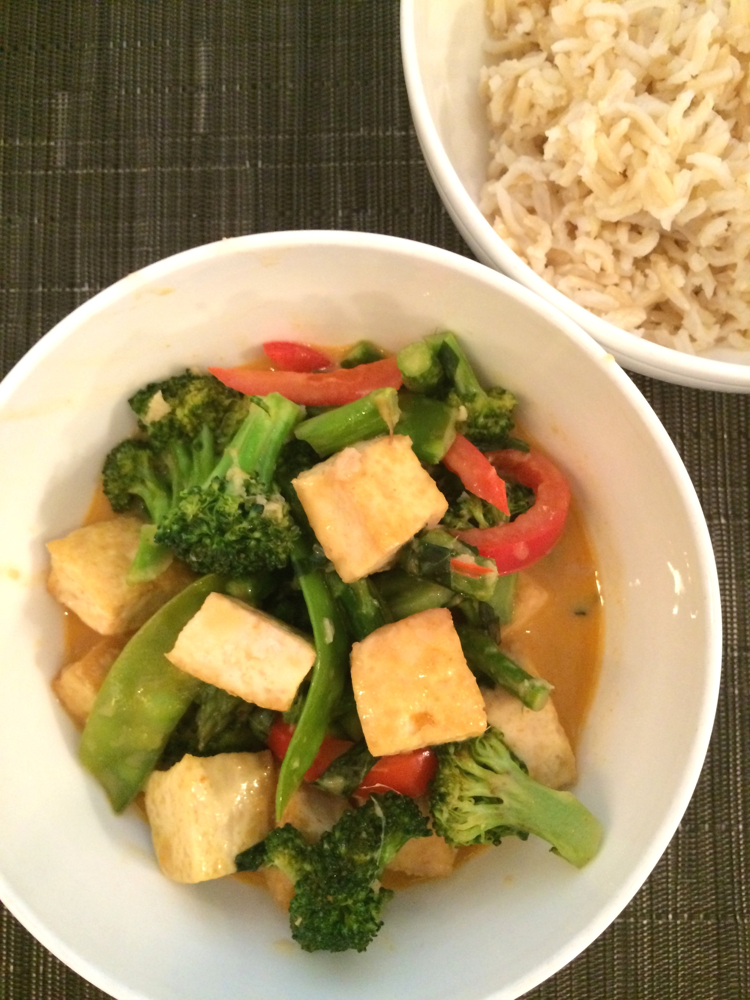 Vegetable curry and tofu